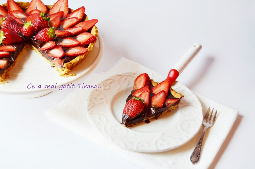 tarta cu ciocolata si capsuni 4