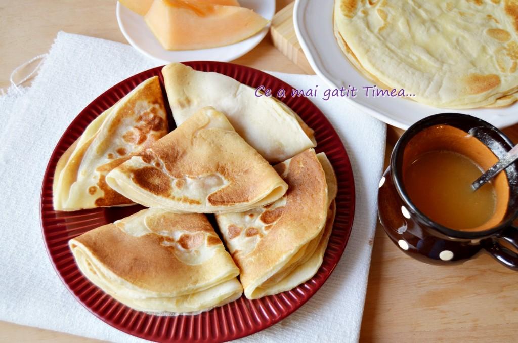 Clatite pufoase cu pepene galben 3