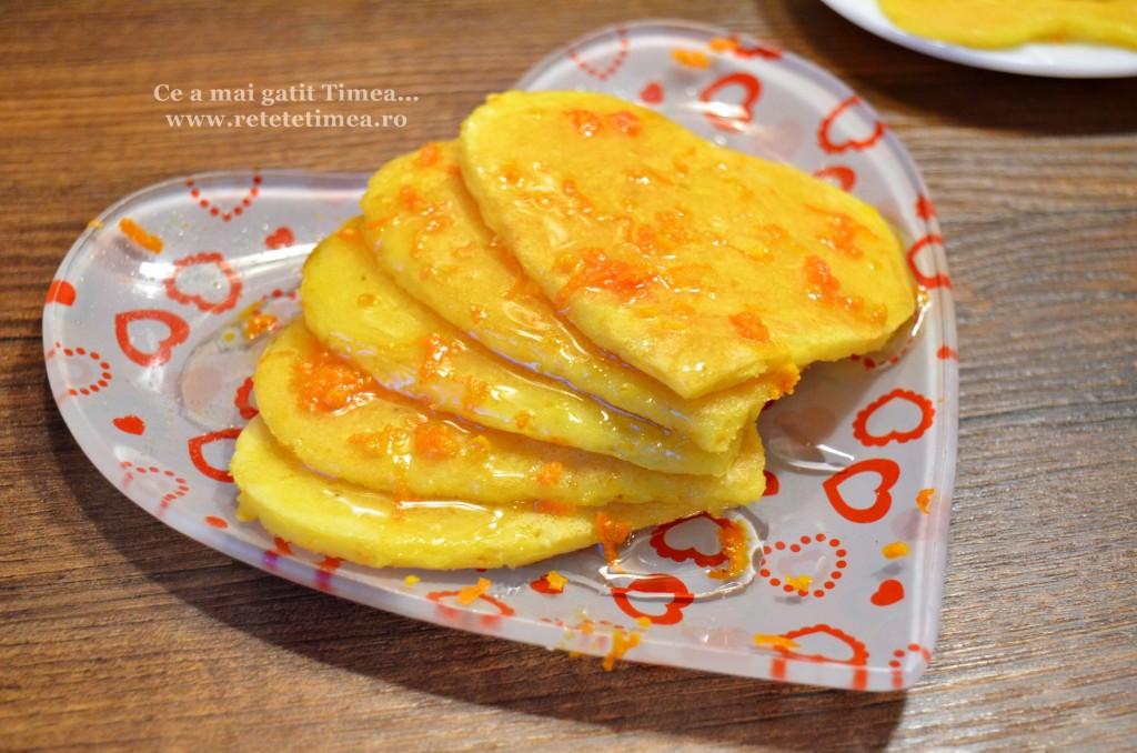 Clatite cu portocala si miere 1