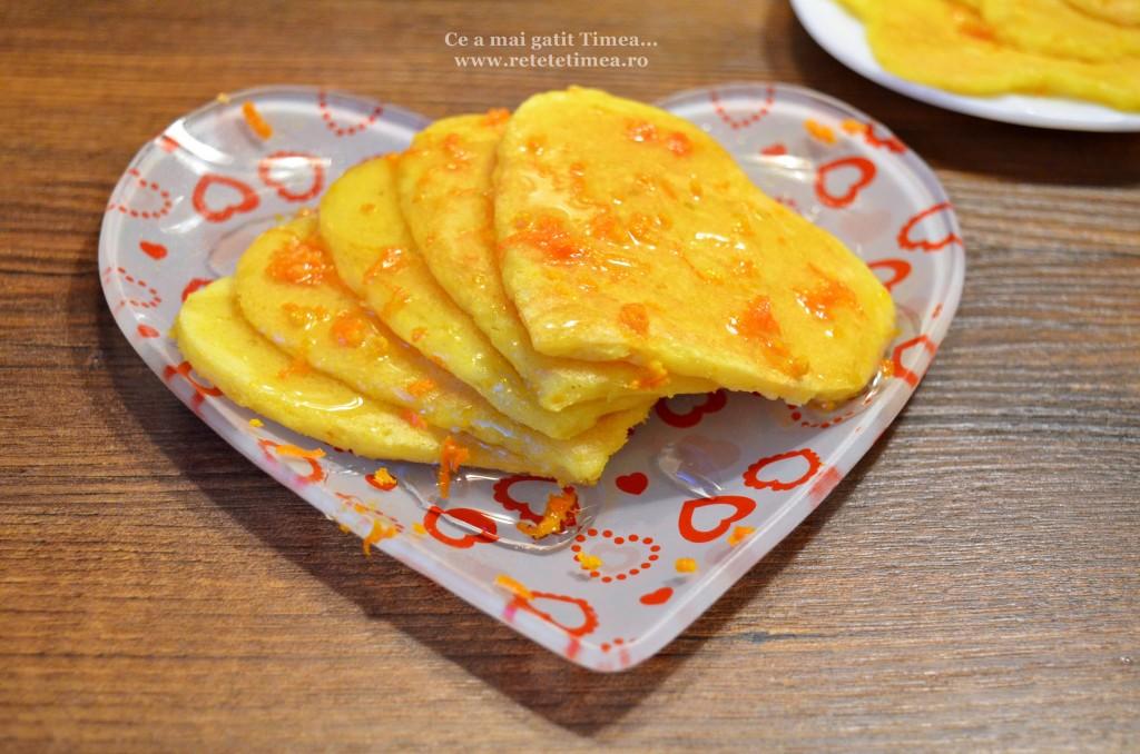 Clatite cu portocala si miere 2