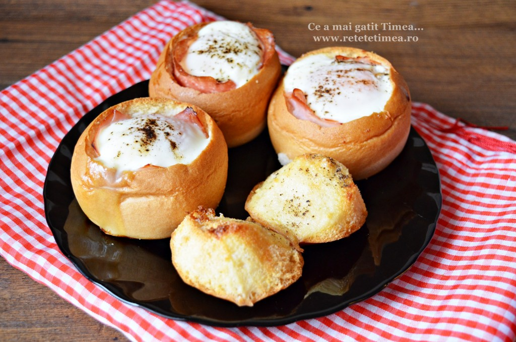 Mic dejun - oua in chifle la cuptor 4
