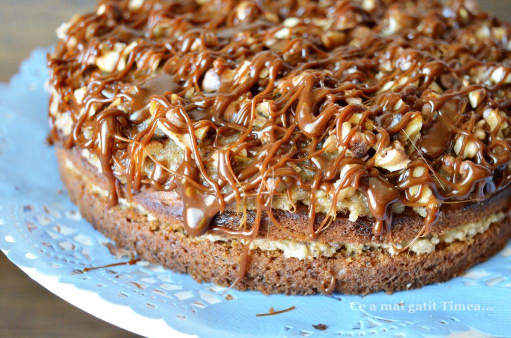 tort-cu-morcovi-si-nuci-2